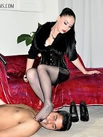 Lady Sophia brings her serf to tears by means of an intensive...