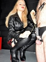 Mistresse Eleise craves to educate her bondman to take torture and...
