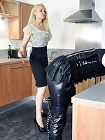 Femdom-goddess de Lacy is going to ruin the maids evening with a...